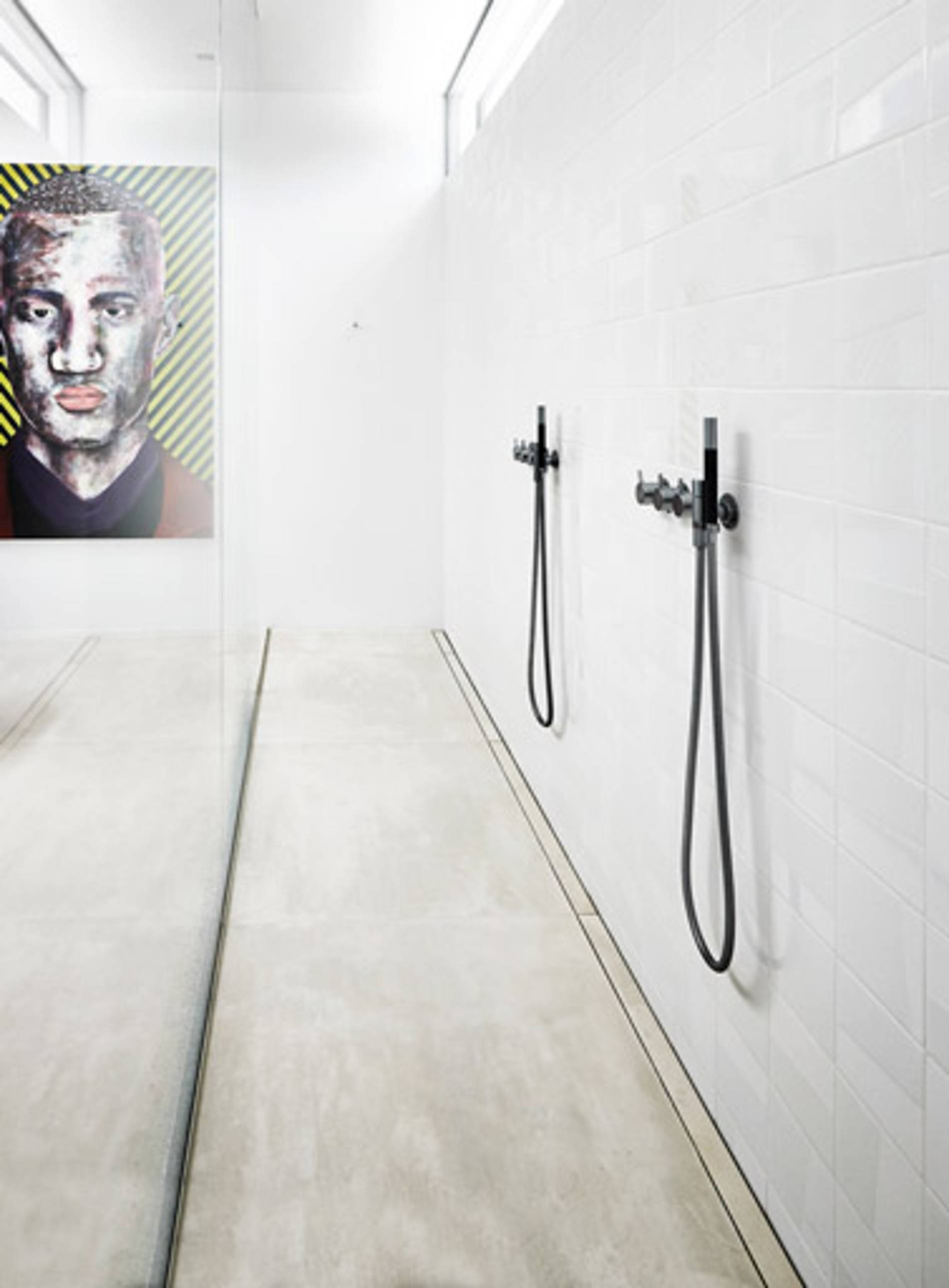 Unidrain: Functional and modern bathroom designs - slide 3